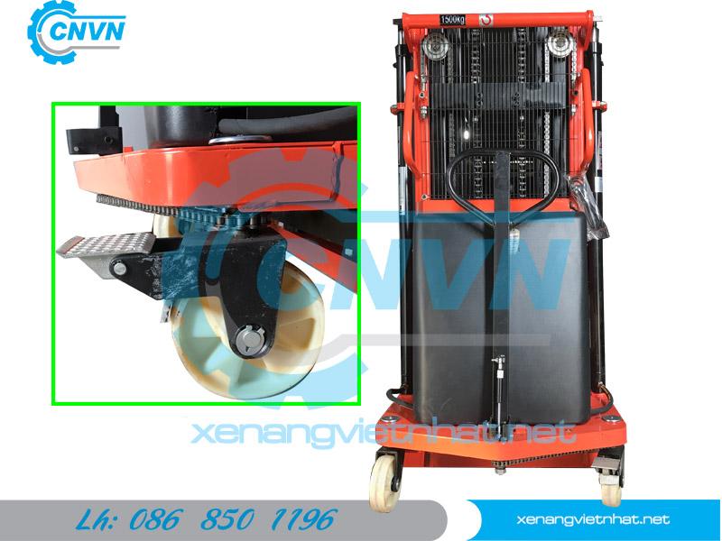 Xe nâng điện bán tự động 1.5 tấn